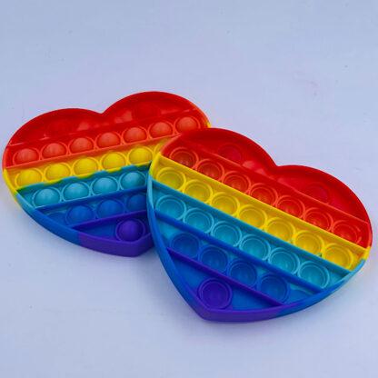 pop it fidget toy hjerte regnbuefarvet udsalg